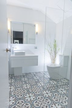 40 Modern Bathroom Tile Designs and Trends — RenoGuide - Australian Renovation Ideas and Inspiration Best Bathroom Tiles, Mosaic Bathroom, Bathroom Tile Designs, Bathroom Interior Design, Bathroom Flooring, Master Bathroom, Shower Tiles, Tile Flooring, Dyi Bathroom