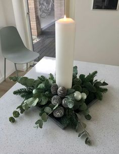 Christmas Flower Decorations, Christmas Arrangements, Christmas Flowers, Christmas Centerpieces, Christmas Wreaths, Christmas Ornaments, Holiday Decor, Rustic Christmas, Christmas Decoration Crafts