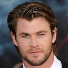 Best Long Hairstyles For Round Faced Men