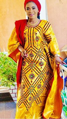 African Wear Dresses, African Attire, African Traditional Dresses, Ankara Dress, African Design, African Hairstyles, Nice Dresses, Skirt Set, Tumi