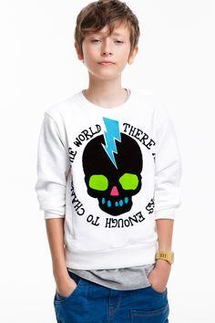 Luke son of Zeus Age 7 Young Boys Fashion, Fashion Kids, Style Fashion, Cute 13 Year Old Boys, Cute Boys, Beauty Of Boys, New T Shirt Design, Zara Official Website, Zara Boys