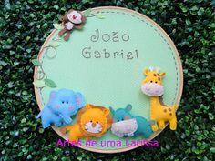 Artes de uma Larissa: João Gabriel Quadrinho Bichinhos na Selva, porta de maternidade para meninos!