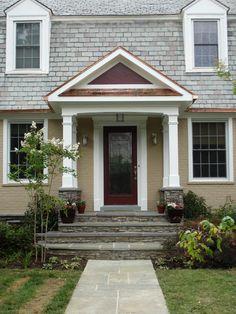 69 Ideas For Front Door Steps Ideas Brick Colors Porch Columns, Porch Steps, Front Steps, Small Front Porches, Front Porch Design, Porch Designs, House Front Door, House With Porch, Front Door Overhang