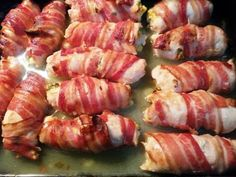 Rulou din piept de pui invelit in bacon – Savoare si Bun Gust Barbecue Grill, Grilling, Bacon, Carne, Cookie Recipes, Sushi, Food And Drink, Homemade, Chicken