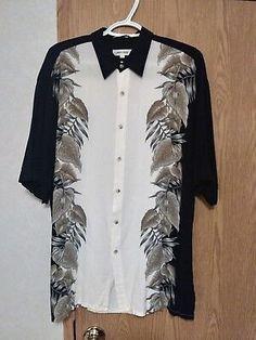 Pierre Cardin Men s Black   White Floral Print L Short Sleeve Button Down  Shirt b51ff54b4b4