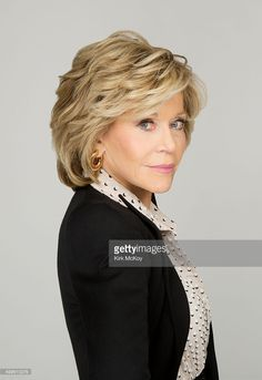 World's Best Jane Fonda Los Angeles Times November 24 2015 Stock Pictures, Photos, and Images - Getty Images Jane Fonda Hairstyles, Mom Hairstyles, Older Women Hairstyles, Trending Hairstyles, Short Hair With Layers, Short Hair Cuts, Medium Hair Styles, Curly Hair Styles, Short Layered Haircuts