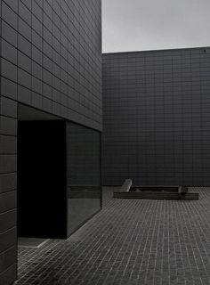 elle-dry-spaces.tumblr.com