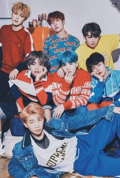 Find images and videos about kpop, bts and jungkook on We Heart It - the app to get lost in what you love. Kim Namjoon, Jimin Jungkook, Bts Taehyung, Bts Bangtan Boy, Foto Bts, Billboard Music Awards, Taemin, Park Jimim, Bts Group Photos