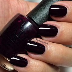 Classics: Lincoln Park After Dark by OPI – The Polished Pursuit – Fancy Nails Opi Nail Polish, Opi Nails, Manicure And Pedicure, Opi Nail Colors, Fall Nail Colors, Cute Nails, Pretty Nails, Vernis Semi Permanent, Use E Abuse