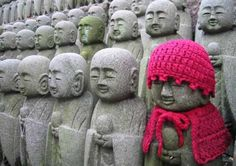 yarn bombing in Kamakura, Giappone, Japan
