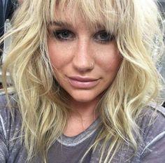 Kesha retira queixas contra o produtor Dr. Luke na Califórnia