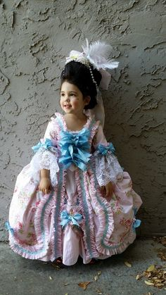 DIY 18th Century Robe a la Francaise for my 3.5 year old daughter who wanted to be a princess for Halloween.   The entire costume  (with the exception of trimmings) is made from vintage thrifted bed sheets.