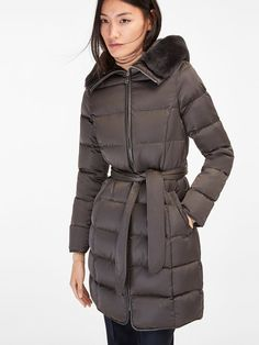 A stylish and warm coat. I feel cozy just looking at it. The School Run, Warm Coat, Winter Jackets, Winter Coats, Cool Outfits, Stylish, Grey, Clothes, Tops