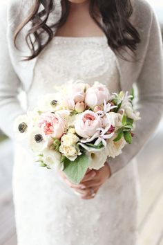 Blush roses and sweet anemones.