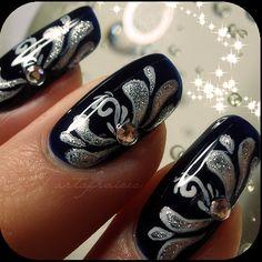 nail art by tartofraises