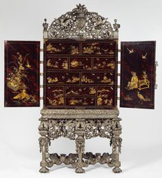 V&A museum: English cabinet, c.1690-1700
