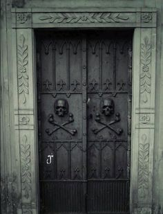 """so-goth: ✝ gothic blog ✝ I want these doors on my house. I never get robbed. Some 19th century farm house out in the woods with wrought iron skull doors. Robber would come up and be like; """"Yea, No. I know the gateway to hell when I see it."""""""