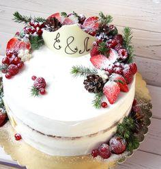 Вот такой вот зимний Свадебный красавец весом 5 кг Внутри чизкейк, ягодный мусс, крем с маскарпоне и самые разные ягодные прослойкиэтот торт создан для тех, кто любит бисквит☺️☺️Для заказа такого же, вотсап 8(915)459-2425 или order@danilovskaya.com #danilovskaya #тортназаказвмоскве #заказторта #заказтортамосква #тортребенку #тортнаденьрождения #тортназаказмосква #тортмосква #тортнасвадьбу #тортнапраздник #тортсягодами #тортымосква #тортыбезмастики #тортнадетскийпраздник #тортвмоскв...