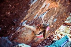 www.boulderingonline.pl Rock climbing and bouldering pictures and news Monday coming at you