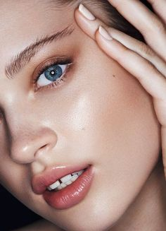 For a similar youthful radient glow try Vapours Soft Focus Skin Perfector.