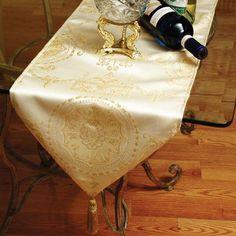 Violet Linen Prestige Damask Design x Table Runner - Prestige Runner 3201