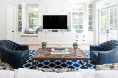 Living Room Built Ins Under Windows - Design photos, ideas and inspiration. Amazing gallery of interior design and decorating ideas of Living Room Built Ins Under Windows in living rooms by elite interior designers. Living Room Built Ins, Living Room Windows, Living Room Seating, Living Room Tv, Living Room Furniture, Living Area, Furniture Stores, Cheap Furniture, Dining Room
