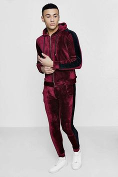 boohoo Muscle Fit Velour Panel Tracksuit Boy Fashion, Mens Fashion, Slim Fit Joggers, Diy Friendship Bracelets Patterns, Sports Brands, Athletic Wear, Skinny Fit, Boohoo, Muscle