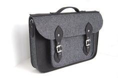 NEW lower price 30% OFF Felt laptop bag 15 MacBook by etoidesign