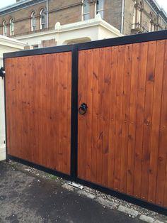 Timber & Steel gate Front Gate Design, House Gate Design, Door Design, Timber Gates, Wooden Gates, Concrete Block Walls, Garden Retaining Wall, Custom Gates, Electric Gates