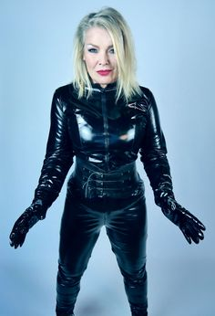 ebed09199f Kim Wilde in Lack Leather Catsuit