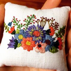 Embroidery Patterns Letters it is Machine Embroidery Tattoo Designs, Embroidery Designs Machine Price soon Embroidery Patterns For Jeans Cushion Embroidery, Crewel Embroidery Kits, Embroidery Stitches Tutorial, Embroidery Techniques, Ribbon Embroidery, Machine Embroidery, Embroidery Needles, Embroidery Tattoo, Embroidery Supplies