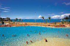 Airlie Beach in Australia Hello Australia, Coast Australia, Australia Travel, Places To Travel, Travel Destinations, Vacation List, Round The World Trip, Airlie Beach, Beach Trip