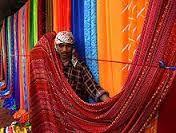 textiele natuurlijke vezels: wol, katoen,vals