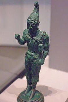 Statuette of an Archer Etruscan possibly made in Vulci 510-490 BCE Bronze   Flickr: Intercambio de fotos