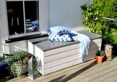 Eventyret ved bekken | Putekasse Garden Storage Bench, Bench With Storage, Backyard Seating, Hanging Canvas, Outdoor Furniture Sets, Outdoor Decor, Modern Kitchen Design, Decoration, Interior