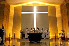 Church of the Saint Cross. São José, Brazil.   Designed by Architect Eduardo Faust  www.faustarquitetura.com