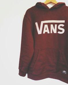 Sweater: vans sweatshirt