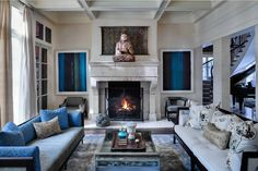 This image was taken in the living room of a sq. foot lakefront home in Winnetka, Chicago. The house was transformed by the help of interior designer, Julia Buckingham. What are your favorite elements of this room? Zen Living Rooms, Living Room Decor, Blue And Cream Living Room, Interior Design Chicago, Zen Room, Lakefront Homes, Home Decor Inspiration, Decor Ideas, Decorating Ideas