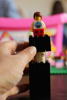 How to Build a Lego Money Holder - Create a fun Lego money holder for gifting cash for birthdays, graduation, and Christmas.