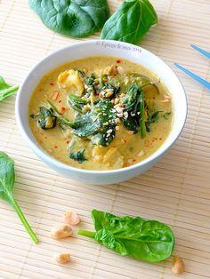 Curry indonésien de lotte aux épinards