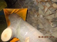 Handmade Tools Log Saw Horse Holder Drill&Electric Grape Crusher Log Wood Splitter Cone Log Holder for Chainsaw Cutting Log Saw, Firewood Logs, Log Splitter, Log Holder, Le Moulin, Chainsaw, Horses, Homemade, Tools