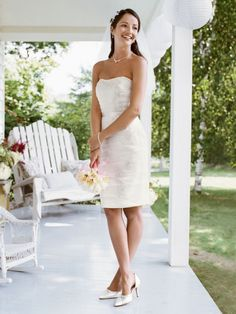 $70  summer discount lace short wedding dress 2011- Perfect for my wedding shower! :)