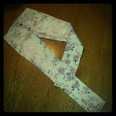 Floral denim skinny jeans Never worn American Eagle Outfitters Jeans Skinny