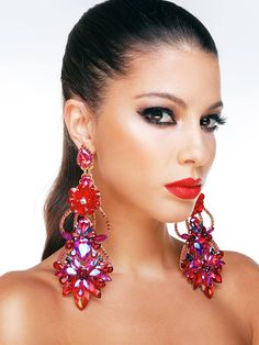 Rote Ohrringe von HelenaDia Expensive Jewelry, Romantic Dinners, Fashion Dresses, Shoes Heels, Drop Earrings, Luxury, Accessories, Neck Chain, Wristlets