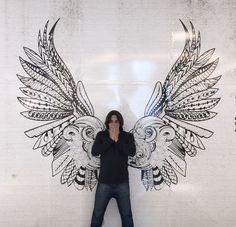 EDUARDO SALAVAIS MALE DANCER Angel Wings Art, Angel Wings Wall Decor, Wings Drawing, Wall Drawing, Mural Wall Art, Mural Painting, Wall Paint Patterns, High School Art Projects, Surface Art