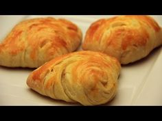 This recipe is a classic from Turkish cuisine! Pogaca pastry with feta cheese filling! It is so delicious and so fluffy! Make sure your feta cheese is low on. Turkish Pastry Recipe, Puff Pastry Recipes, Turkish Recipes, Albanian Recipes, Japanese Recipes, Japanese Food, Middle East Food, Middle Eastern Recipes, Pogaca Recipe