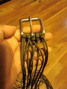 Survivalist 550 Paracord (Parachute Cord) BraidedBelt~Need to make one of these...Super idea for having cord ready when you need it~