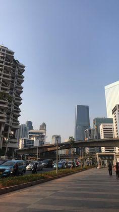 Family Sketch, Jakarta City, Iphone Background Wallpaper, City Aesthetic, Bare Bears, City Buildings, Instagram Story, New York Skyline, Explore
