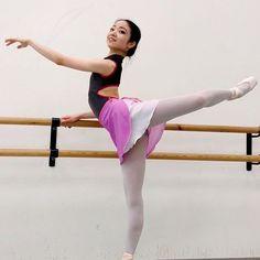 Take a look at my latest blogpost feat. @yumeokano! #kakakiri #balletskirt #handmade #madebyme #newblogpost #ballerina #attitude #dance
