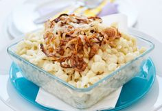Das Rezept der Wälder Käsknöpfle ist vor allem im Westen Österreichs sehr beliebt. Als Beilage genießt man oft Kartoffelsalat.